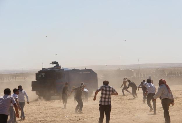 2014_1013-kobane-sinir